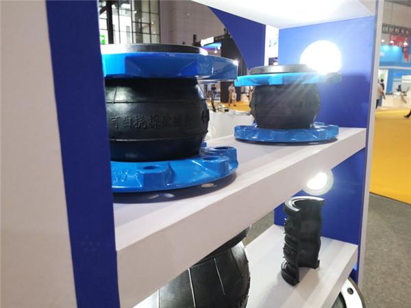 扬州橡胶绕性软连接,材质丁腈橡胶,口径DN50