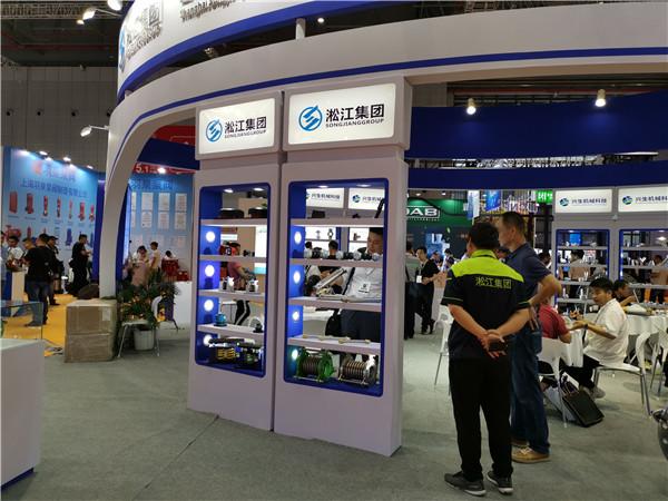 上海天然橡胶软连接型号DN40/DN50/DN65介质普通水